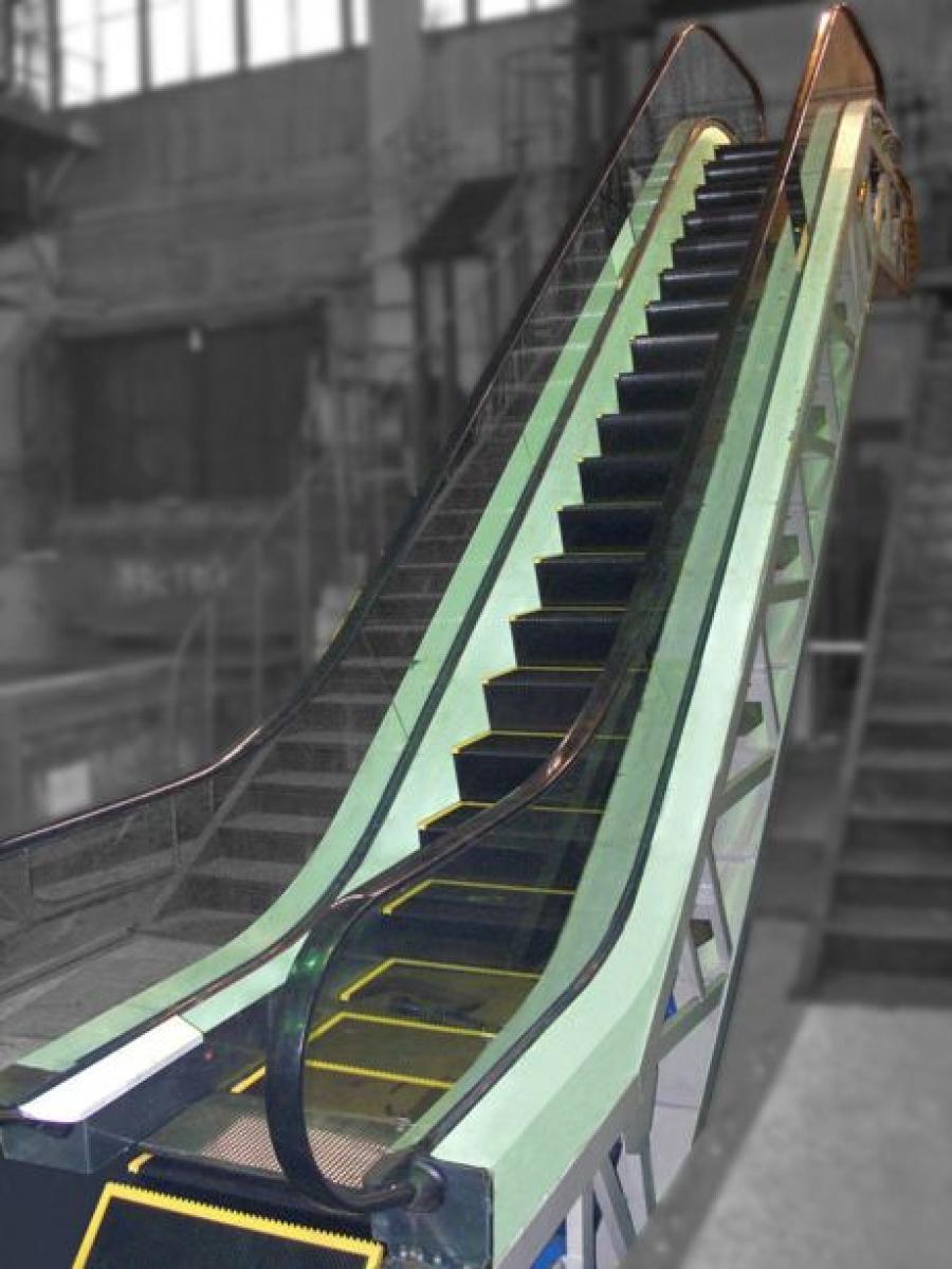 Floor-to-floor escalator of simplified design ЕК – 506А1