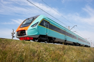 Пригородный дизель-поезд КВСЗ проходит испытания (видео)