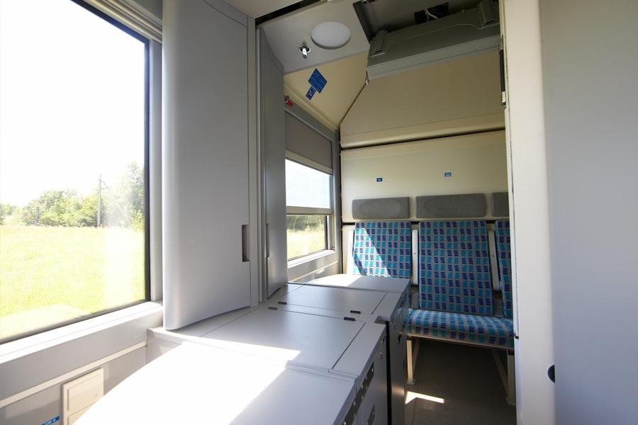"Passenger sleeping coach mod. 61-7034 under ""RIC"" clearance"