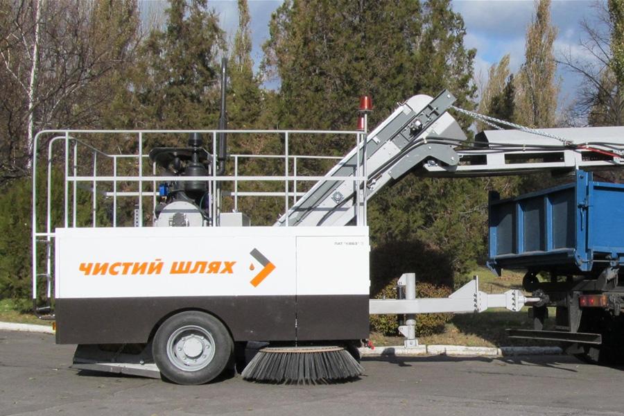 Подметально-уборочная машина  КВСЗ-4002 «Чистый шлях»