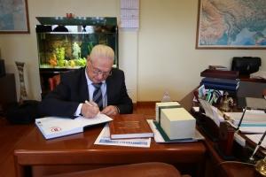 Владимир Приходько об истории и традициях Крюковского вагоностроительного завода (видео)