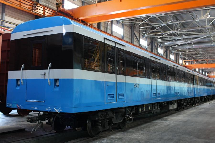 Промежуточный вагон мод. 81-7037 электропоезда метро с асинхронным тяговым приводом