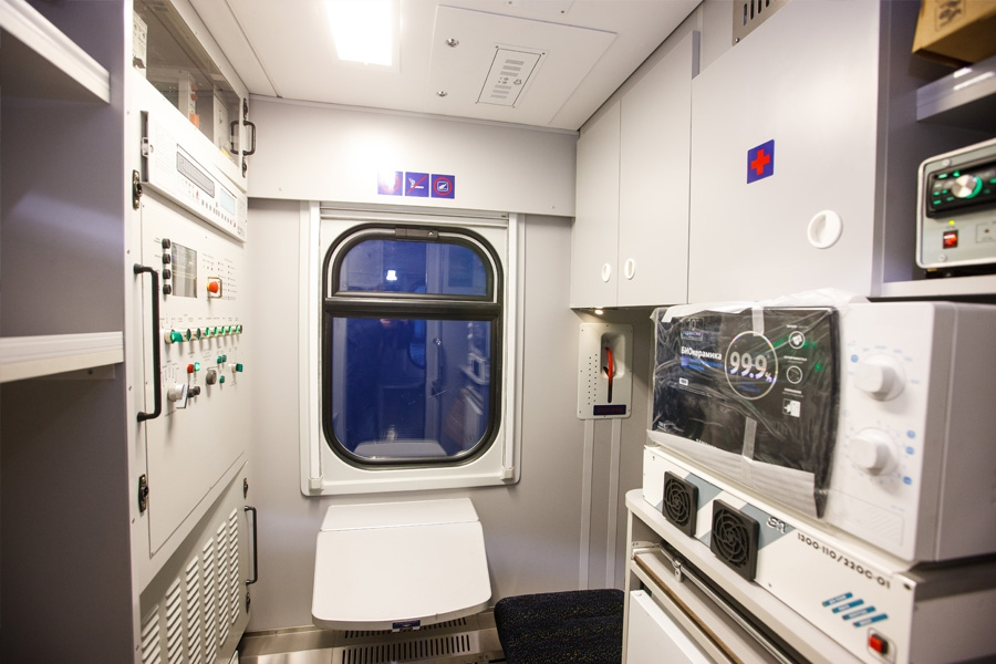 Вагон пассажирский купейный мод. 61-779 (купе с трансформируемой мебелью)